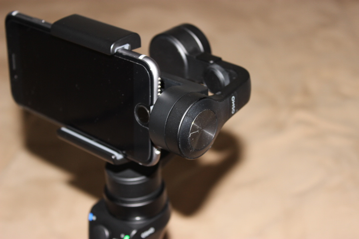 OSMO Mobile 使ってみた「感想・評価・レビュー」スマホ用スタビライザー(ジンバル)