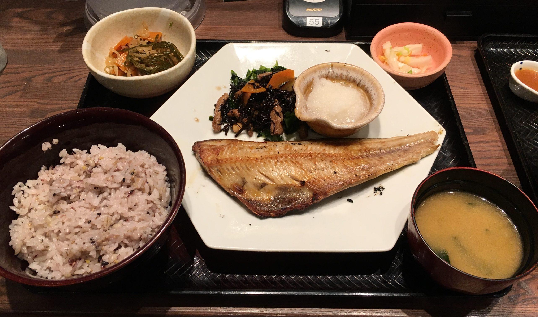 【大戸屋 メニュー 人気ランキング10】全種類食べたのでおすすめを紹介!