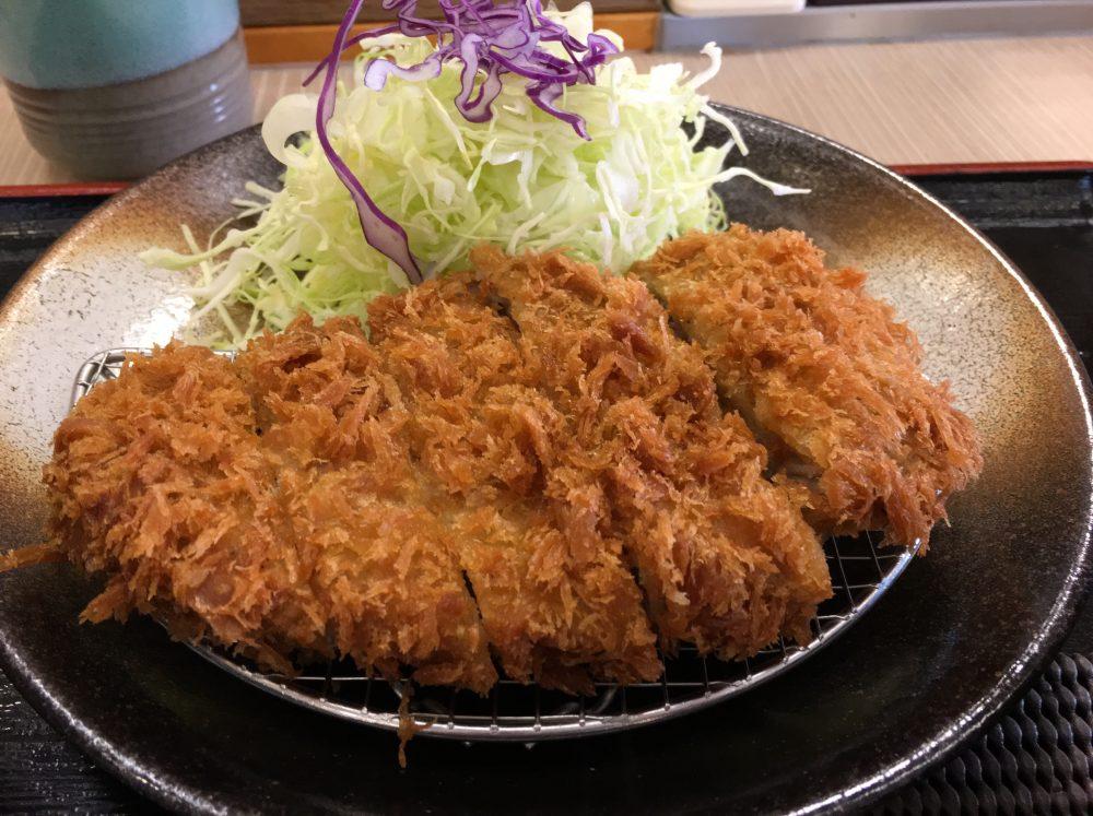 「松乃屋」のとんかつ定食は安いし、美味しくておすすめ!ほぼワンコイン